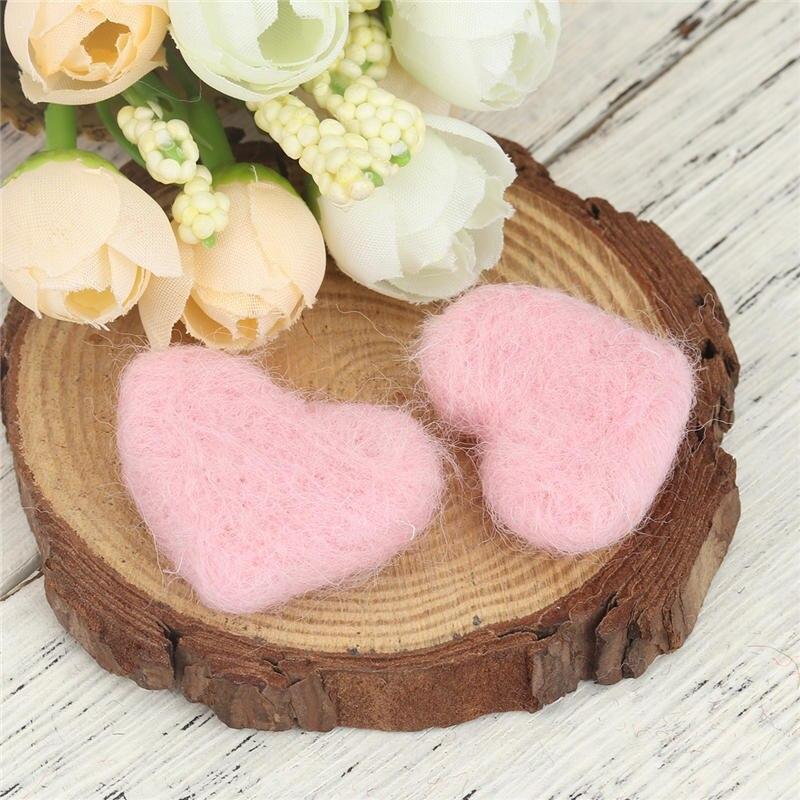 2PCs Heart Shape Wool Felt Poke DIY Kits Craft Sewing Toy Kids Children Doll Making Accessories Gift Bag Backpack Decoration