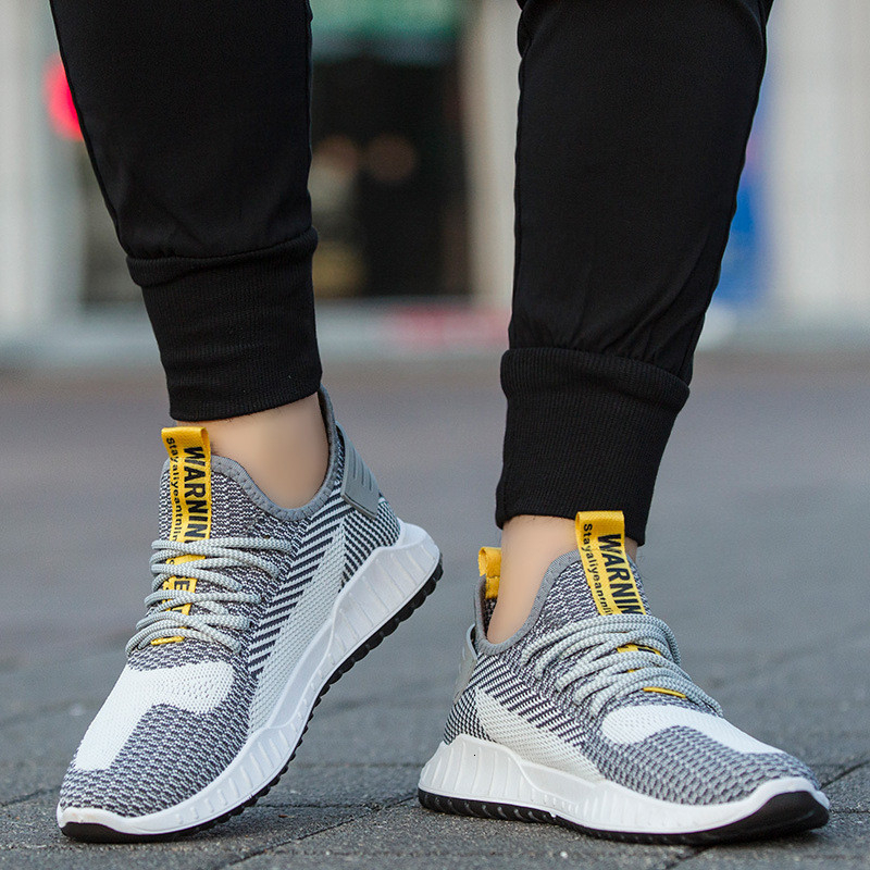 New Mesh Men Walking Shoes Lac-up Male Shoes Lightweight Comfortable Breathable Walking Sneakers Cheap Men Trainers Shoes