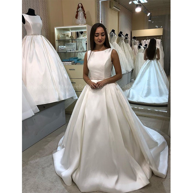 Princess Ball Gown Jewel Neck Sleeveless Wedding Dresses Illusion Buttons Back Delicate Beading Bridal Gowns Made To Measure