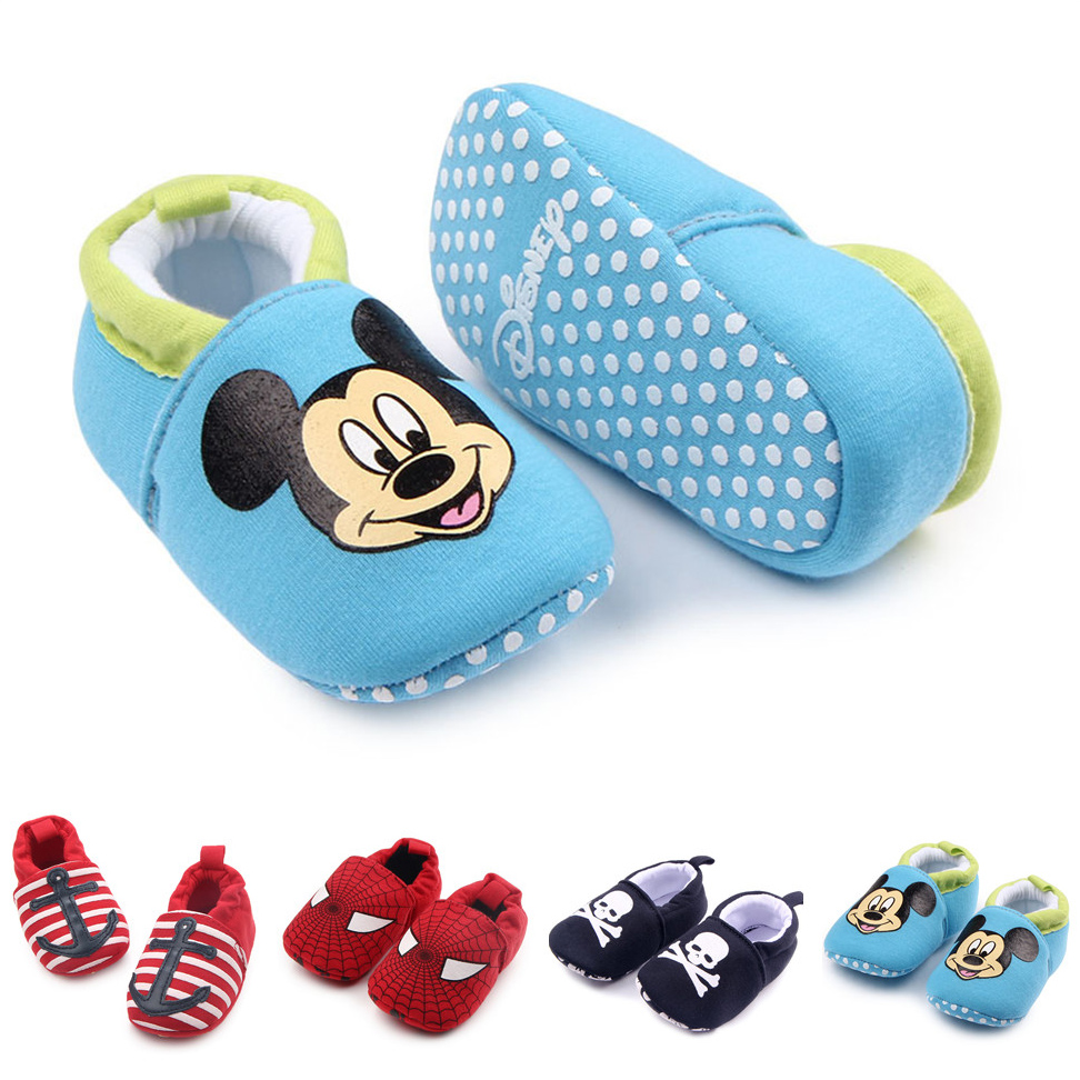 2019New Baby Infant Superman Bee Shoes Soft 0-18M Boys Girls Casual Shoes Fashion Shoes Spring Autumn Fashion Baby First Walker