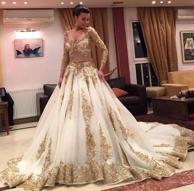 Sexy V-neck Three Quarter Sleeve Bridal Gown Gold Lace Beads Stones A-line 2018 Vestido De Noiva Mother Of The Bride Dresses