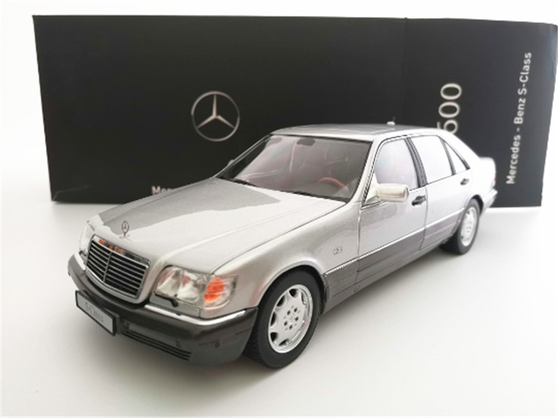 1/18 Benz S600 S-Class V12 Two Tone Car Model