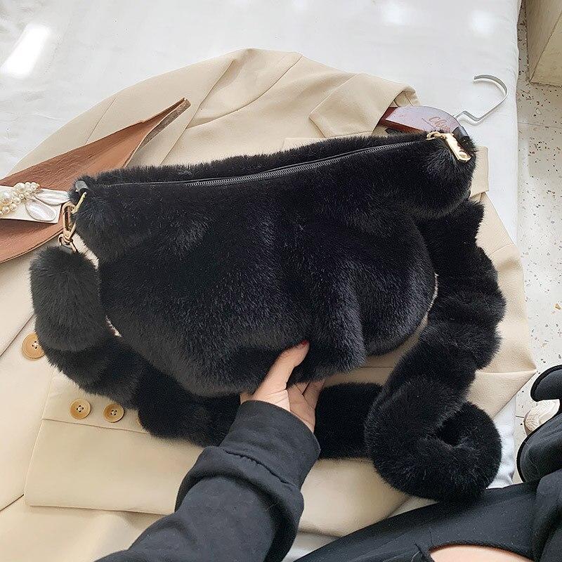 Soft Faux Fur Large Shoulder Bags for Women 2020 Winter Branded Trend Handbags Women's Trending Designer Trending Hand Bags