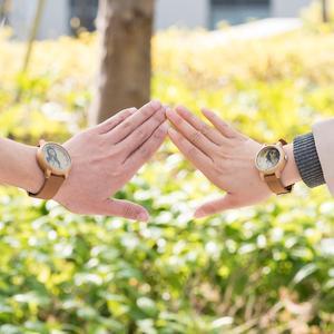 Image 2 - Bobo bird relógio para casal, relógio para casal com foto a laser de alta precisão pulseira de couro genuíno personalizar presente original para natal ele pode