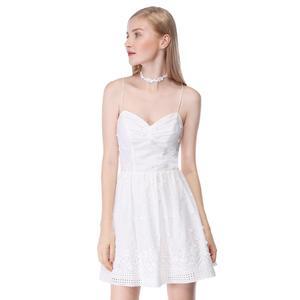 Image 1 - שושבינה שמלות 2020 לבן קצר תחרה קו שיבה הביתה מפלגה לנשף שמלות רעיוני נצנצים שמלות נשף בתוספת גודל