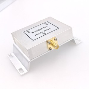 Image 2 - 2 Way Micro Strip Power Splitter 800 2500MHz Wifi Antenna Splitter SMA Connector 380 2500MHz