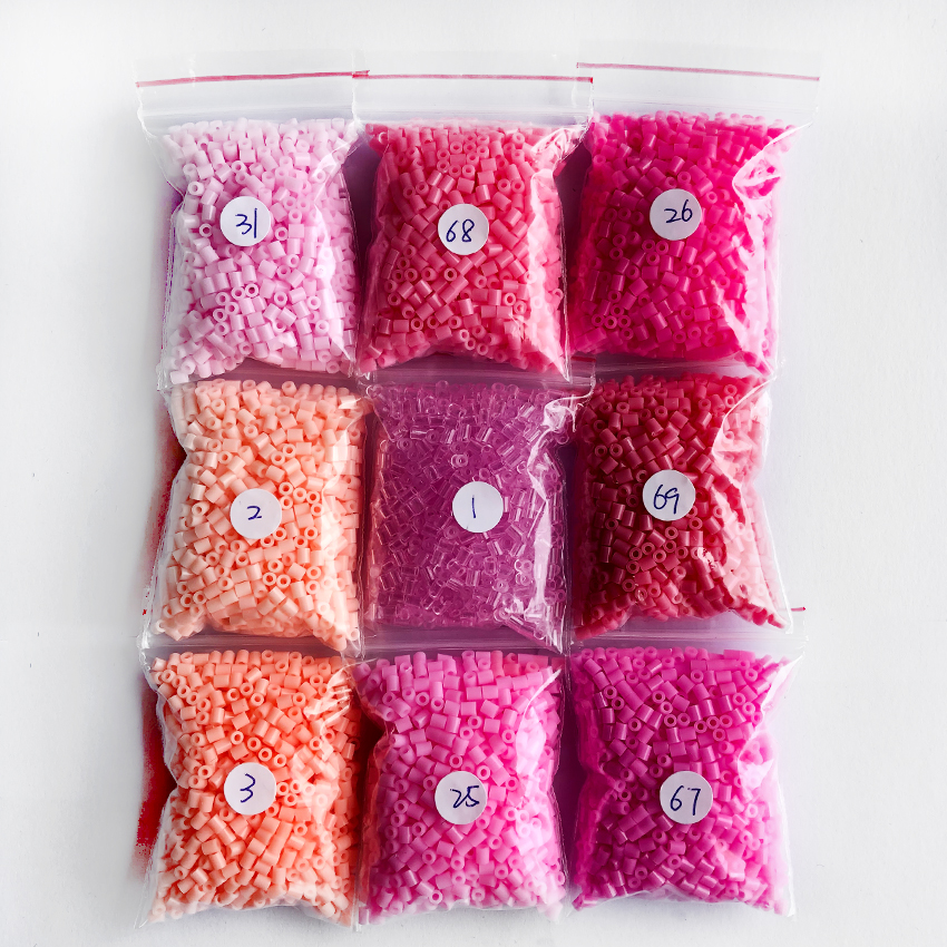 DOLLRYGA 1000pcs/Bag 2.6mm Perler Hama Beads 9 Pink Colors Kids Education Diy Toys 100% Quality Guarantee New Diy Toy Fuse Beads