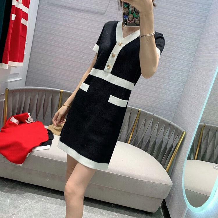 2020 All'inizio della Primavera delle Donne Nuovo Modello di Modo Girly Stile di Cucitura di Colore Con Scollo A V Vestito Di Natale 2 Colori Red & Black - 3