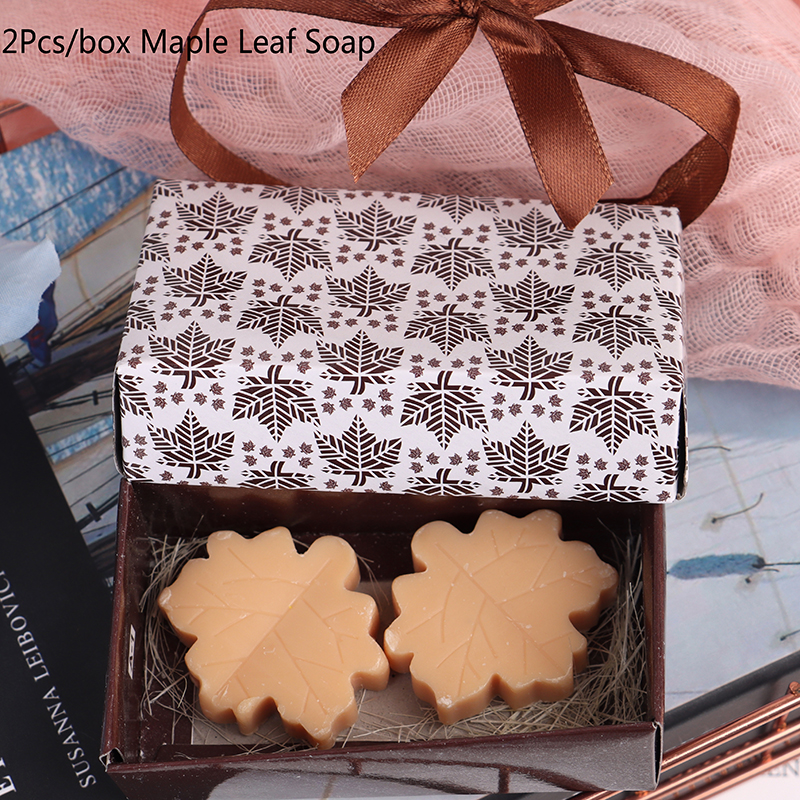 2Pcs Bath Soap Wedding Party Decoration Handmade Valentine Love Wedding Party Gift New Creative Maple Leaf Design
