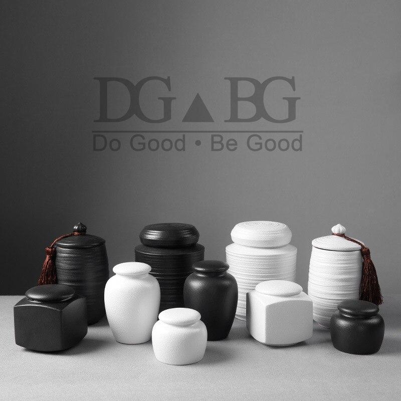 Ceramic Keepsake Urns Black White Funeral  Urn for Human Cremation Pet Memorial  Holder Ashes Casket Seal Storage Jar