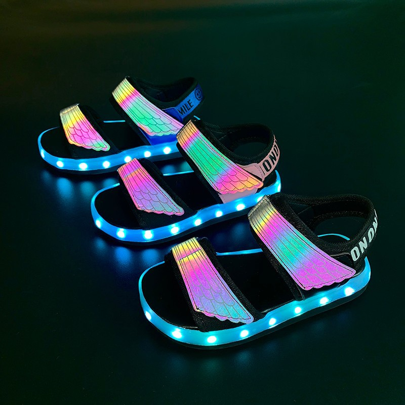 Boys LED Sandals Summer Fashion Kids Light Up Shoes USB Charge Reflective Upper Children Luminous Sandals Kid Shoes With Light