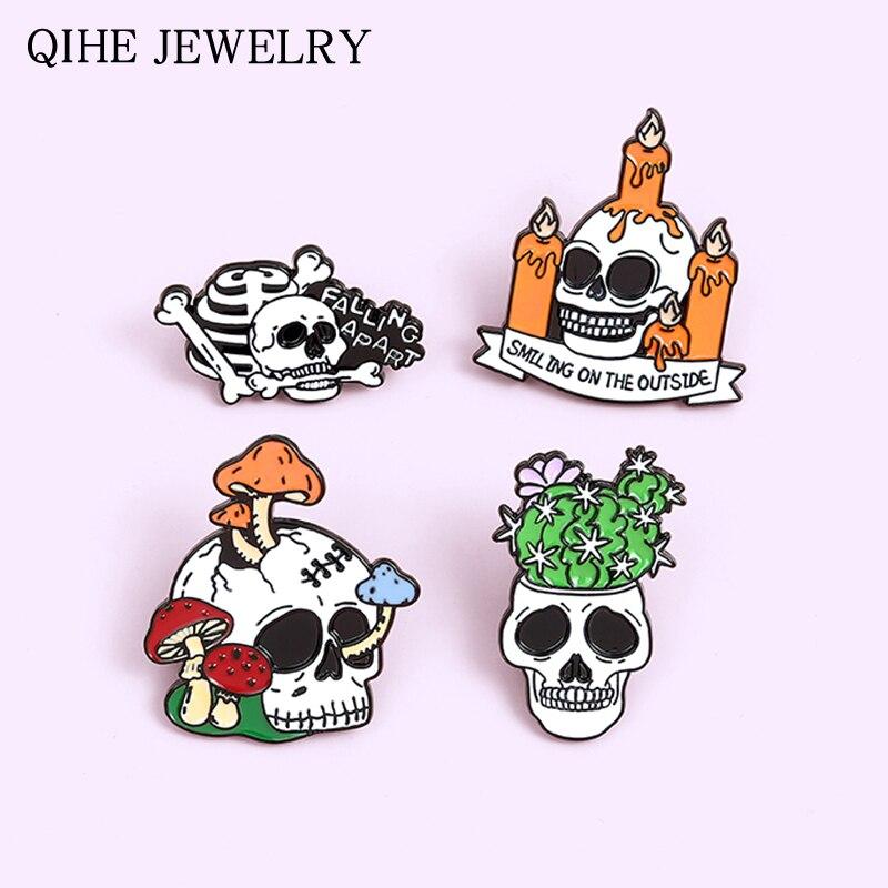 Feliz dia das bruxas coleção férias esmalte pinos vela crânio planta punk gótico emblemas broches para mulheres jóias masculinas atacado