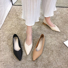 Pointed single shoes, fairy shoes with thick heel and soft sole, casual lady's pure retro shoes