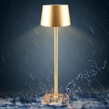 LED alüminyum alaşımlı su geçirmez masa lambası dokunmatik karartma şarj edilebilir Metal masa lambaları için Bar oturma odası okuma kitabı ışık