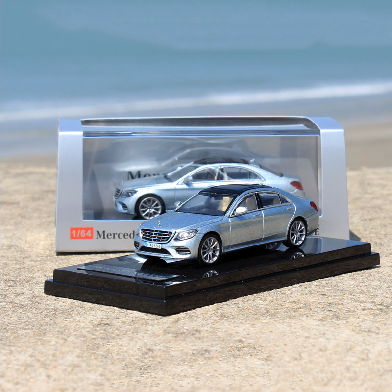 1/64 Scale Simulation Alloy Car S450L W222 Die-cast Metal Car Sports Car Model Children Toys Gift Collection Display