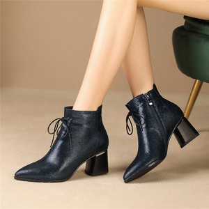Image 4 - FEDONAS Big Size Women Shoes Genuine Leather Women Ankle Boots Warm Autumn Winter Short Boots New Side Zipper Casual Shoes Woman
