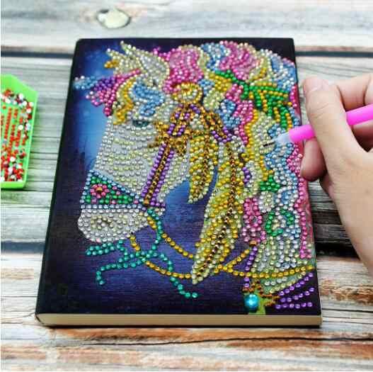 Tranh Gắn Đá Sổ Tay Đặc Biệt Hình Ông Già Noel Cú Con Công Mandala Bướm Nhật Ký Sách Kim Cương Thêu A5 Khảm Tặng