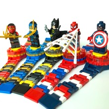 Reloj de superhéroe de construcción de bloques de construcción para niños Spidermen Batmen Avengers figura de ladrillo de juguete Compatible con Legoed Minecrafted