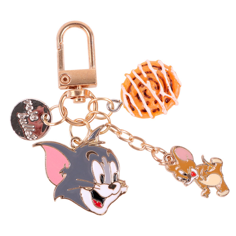 2019 Anime Tom Jerry Key Chain Cosplay Cartoon Cat Mouse Animal Alloy Cute Personality Women Souvenir Fashion Keychain
