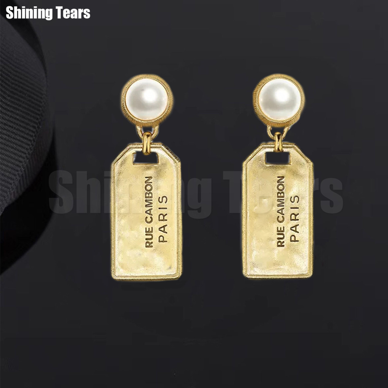 Bijoux fantaisie & accessoires boucles d'oreilles perle blanche pendentif rectangulaire avec boucles d'oreilles lettrées pour cadeau de fête des femmes