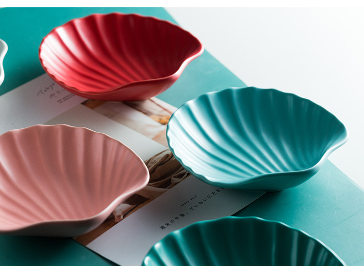 Creative colorful shell shaped ceramic dessert salad plate