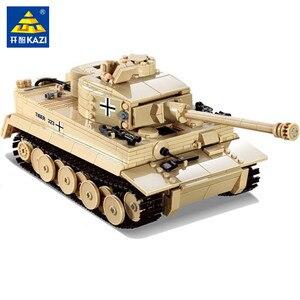 Image 1 - 995Pcs 독일어 킹 타이거 탱크 모델 빌딩 블록 세트 군사 기술 WW2 육군 군인 DIY Brinquedos 벽돌 아이 장난감