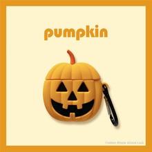 купить Halloween 3D Pumpkin blame Wireless Bluetooth Earphone Case For Airpods 1 2 Soft Silicon Cover Cute Cartoon headphone Case +hook по цене 220.14 рублей