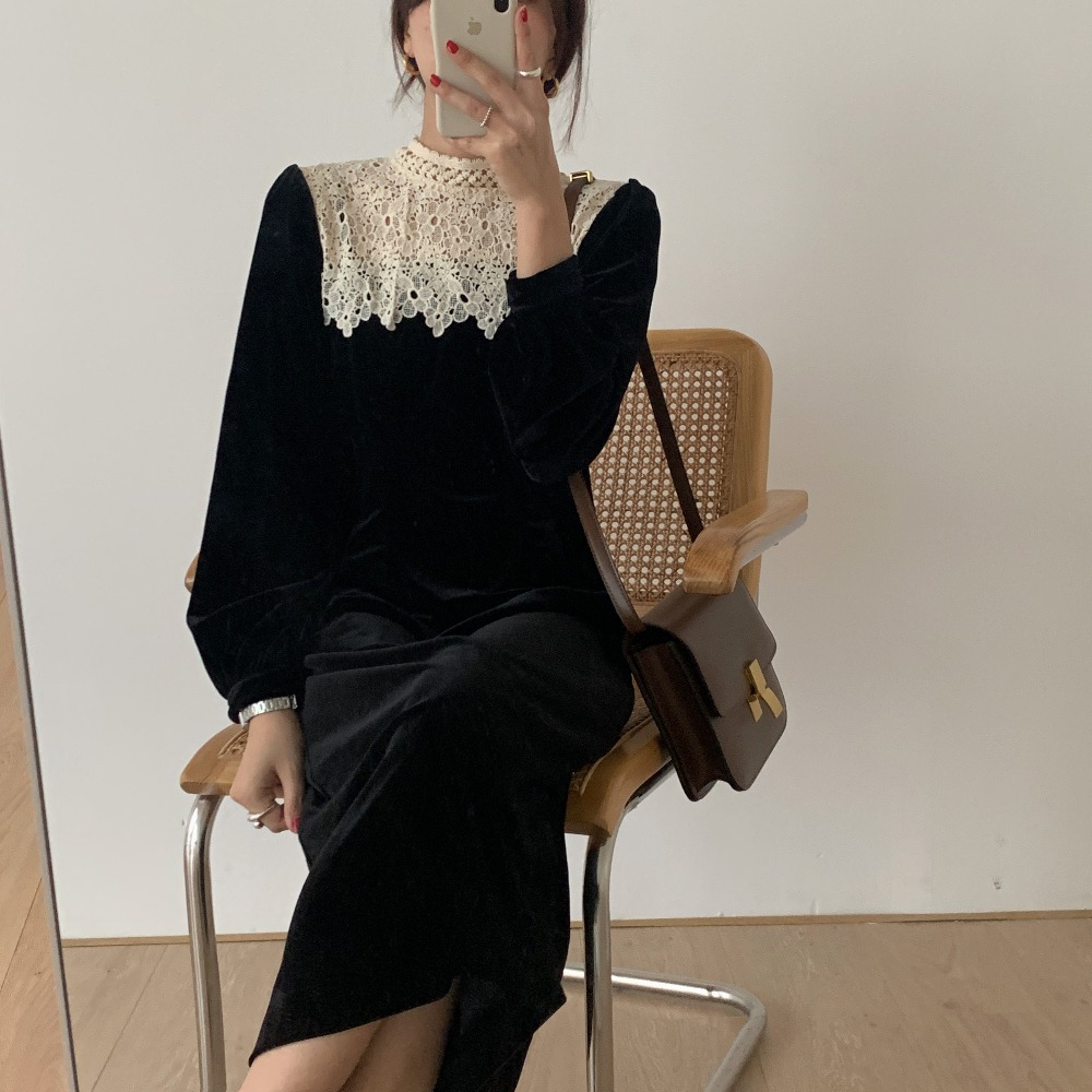 H238a8e0f73694b83b94a9e30544dc26d6 - Autumn / Winter Korean O-Neck Long Sleeves Lace Patchwork Midi Dress