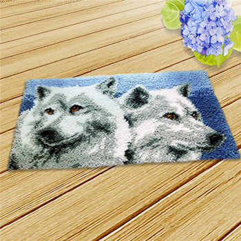 DIY Animals Wolf Latch Hook Kit Rug Making Crafts for Beginners with Professional Crochet Needles