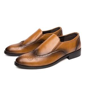 Image 1 - Zapatos de vestir para hombre, calzado Formal Oxford de cuero, estilo oxford, para boda, 2020