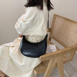Image 4 - Taş desen Retro PU deri kadınlar için Crossbody çanta 2021 küçük omuz basit çanta bayan telefonu çanta ve çantalar