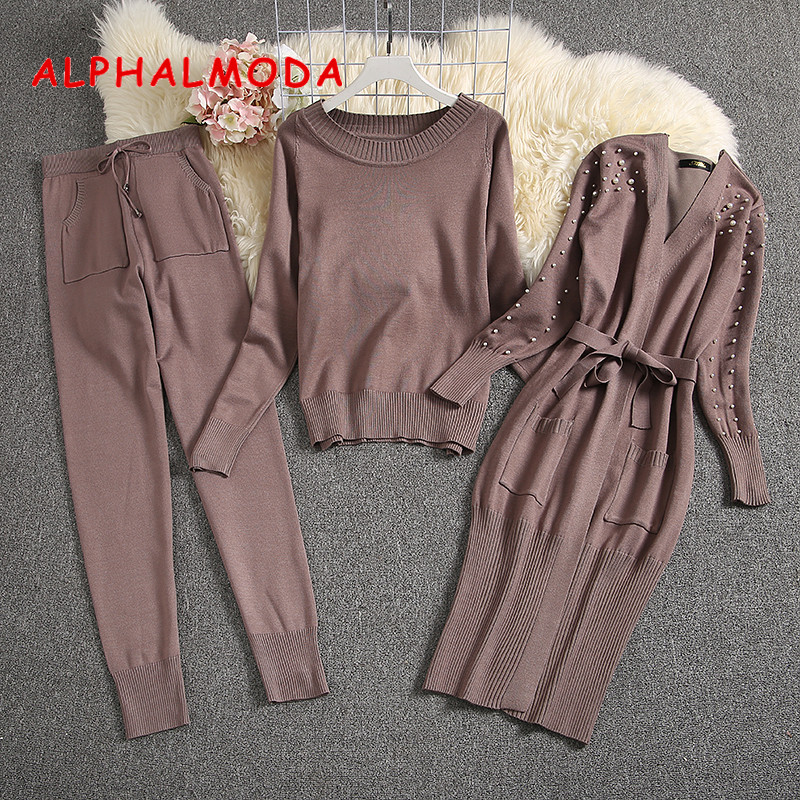 Alphalmoda 2019 inverno feminino quente 3 pçs tricô ternos de manga comprida cardigans pérola + camisola + calças senhoras moda 3 peças conjunto