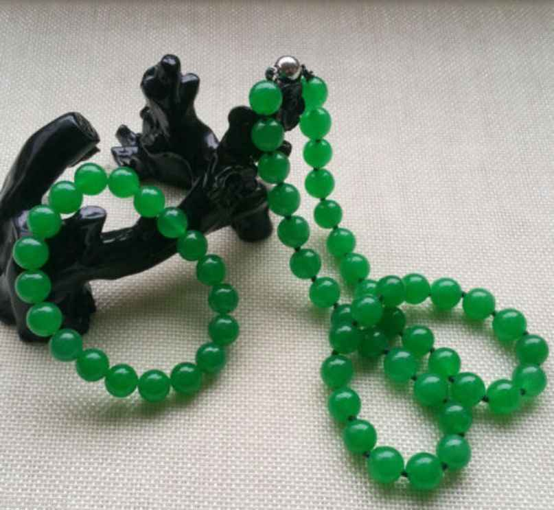 Kostenloser Versand>> neue heiße Mode Schöne 10mm Smaragd Grün Jade Edelsteine Halskette 18 zoll