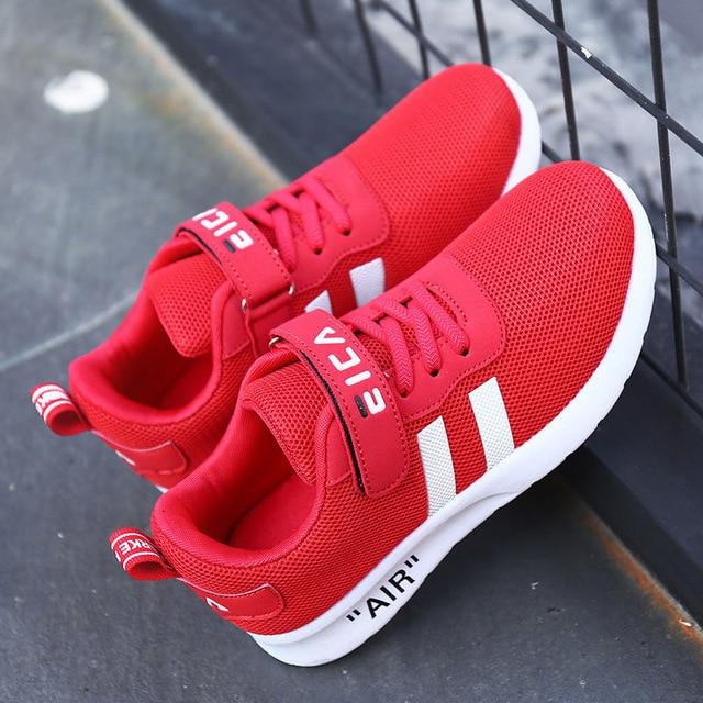 Casual Low-Top Sneakers 5