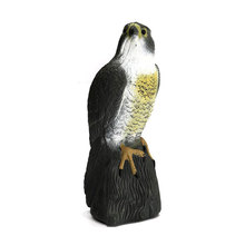 Lifelike Fake Falcon Hawk Hunting Decoy Deterrent Scarer Repeller Pest Garden Lawn Decoration Ornaments