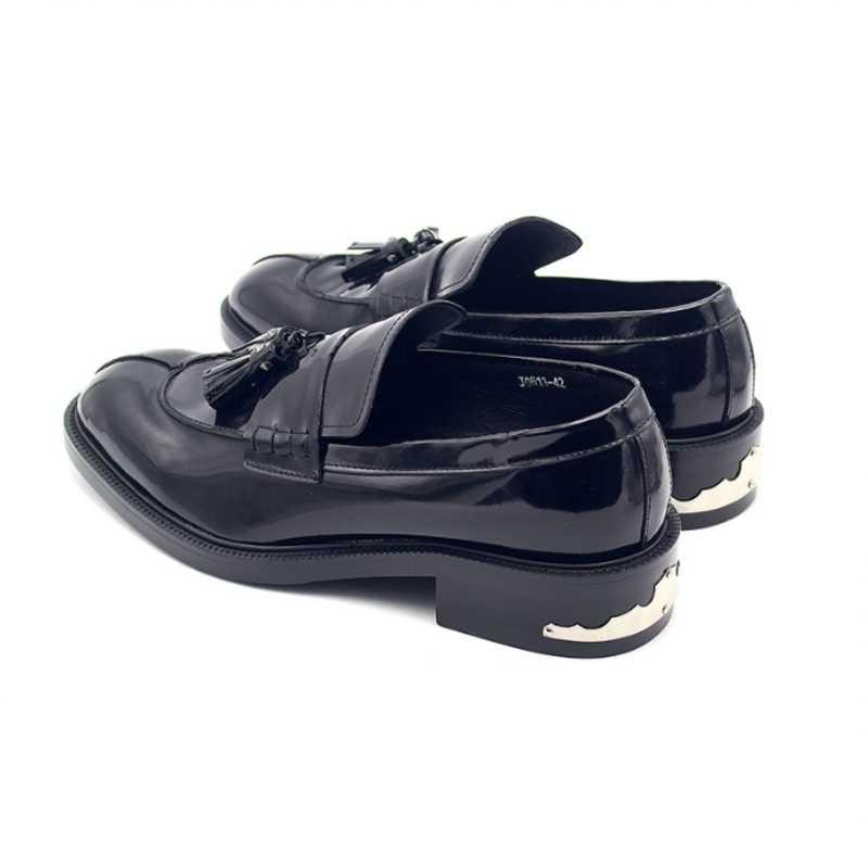 2019 neue Frühjahr Männer Müßiggänger Schuhe Designer Echtem Leder Runde Kappe Große Größe Schwarz Quaste Party Kleider Schuhe Mode Männlichen