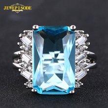 Женское кольцо с голубым топазом из серебра 925 пробы