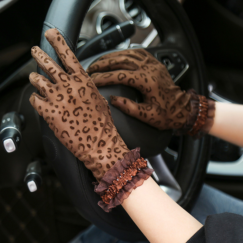 1Pair Summer Gloves Women Sexy Lace Mesh Driving Anti UV Sunscreen Full Finger Lady Gloves Leopard Print Women Gloves Hot Sale