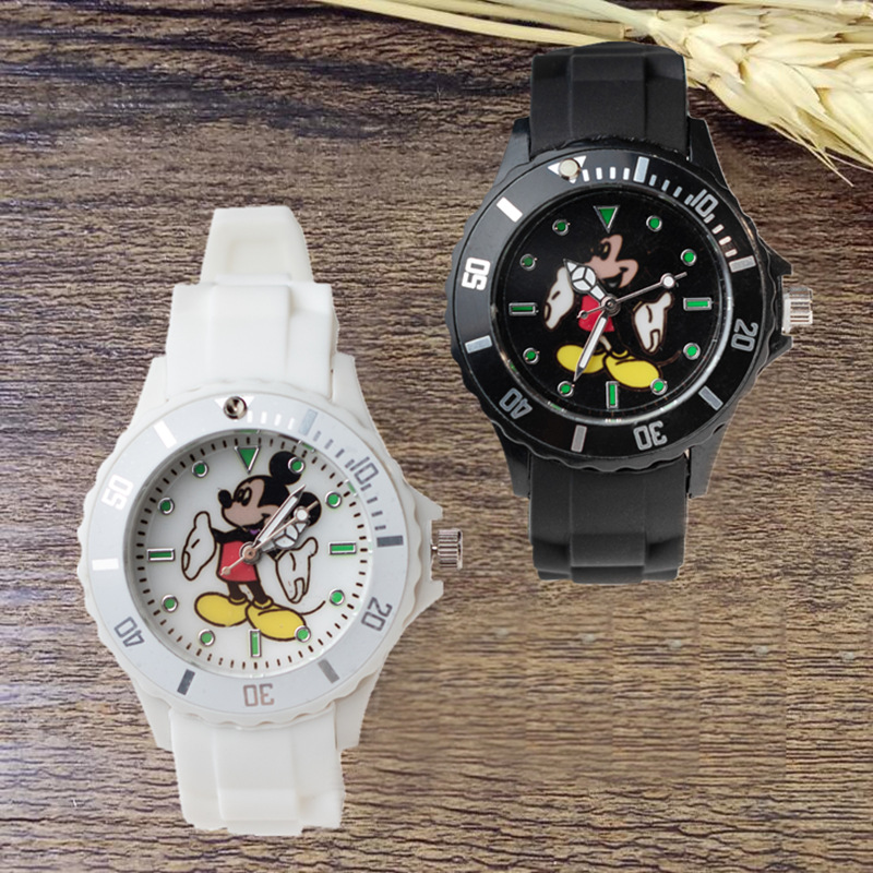 Mickey Mouse Children's Quartz Wristwatch Gift Kids Watches Boys And Girls Children Watch Kids Watch Quartz Plastic Simple
