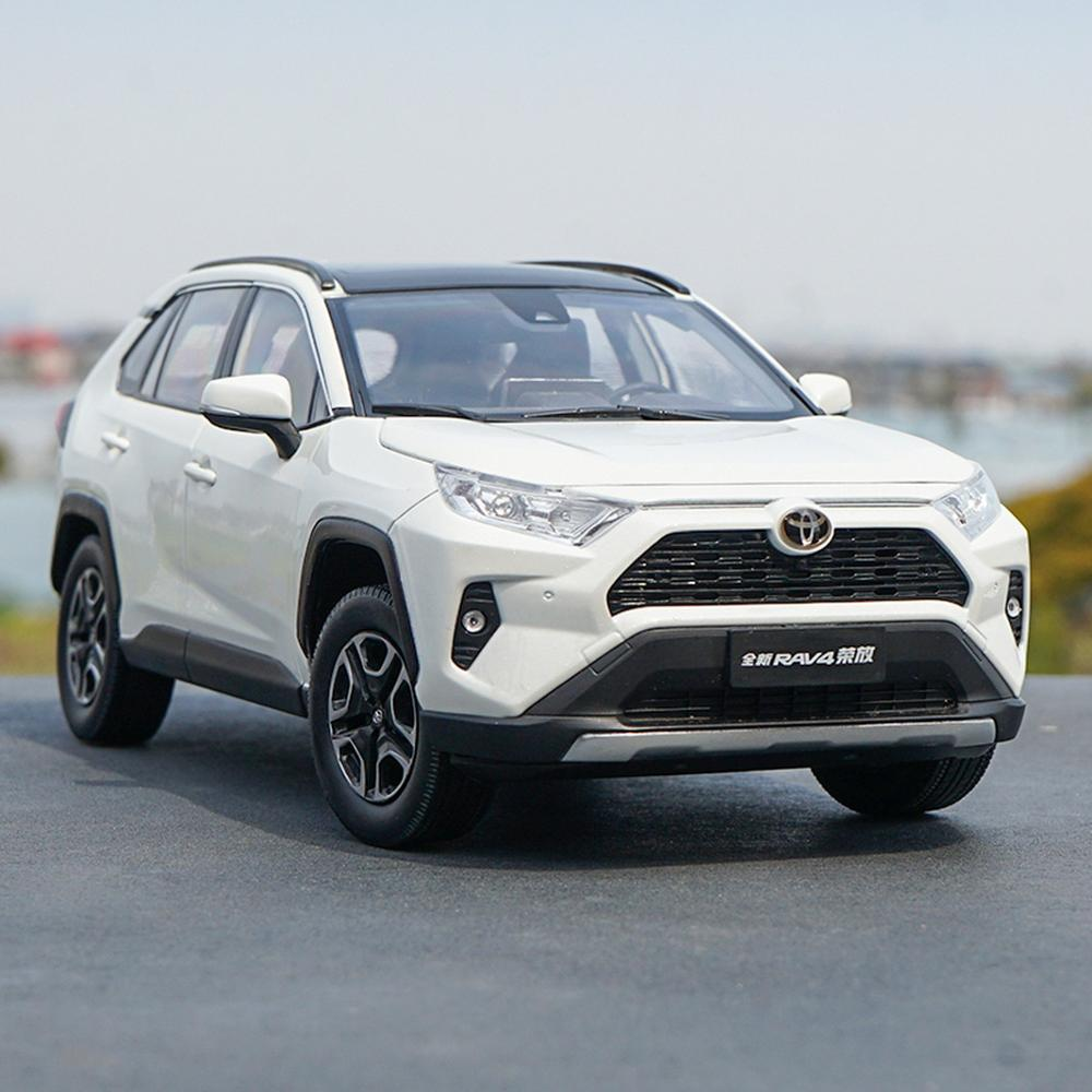 1/18 Scale New Toyota RAV4 SUV 2019 White DieCast Car Model Toy Collection Gift