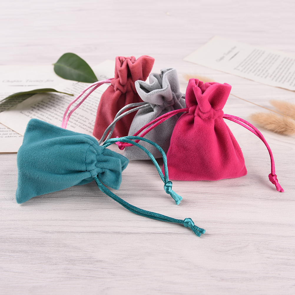 2PCS 2X7X9CM Pretty Velvet Drawstring Bags Jewelry Pouches Wedding Party Favors Gift Bags Coins Purse With Drawstring Random