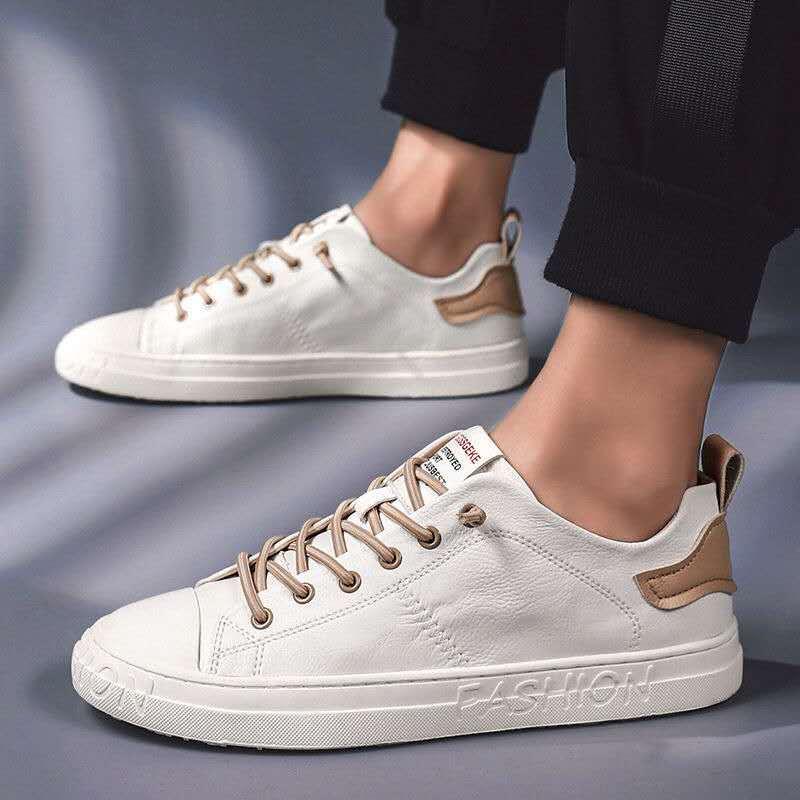 Novo estilo do homem sapatos vulcanizados branco tênis de couro dos homens de alta qualidade meninos mocassins planos macio primavera verão sapatos cáqui preto