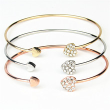 Europe and America Crystal Love Bracelet Opening Ladies Heart Ornaments Accessories