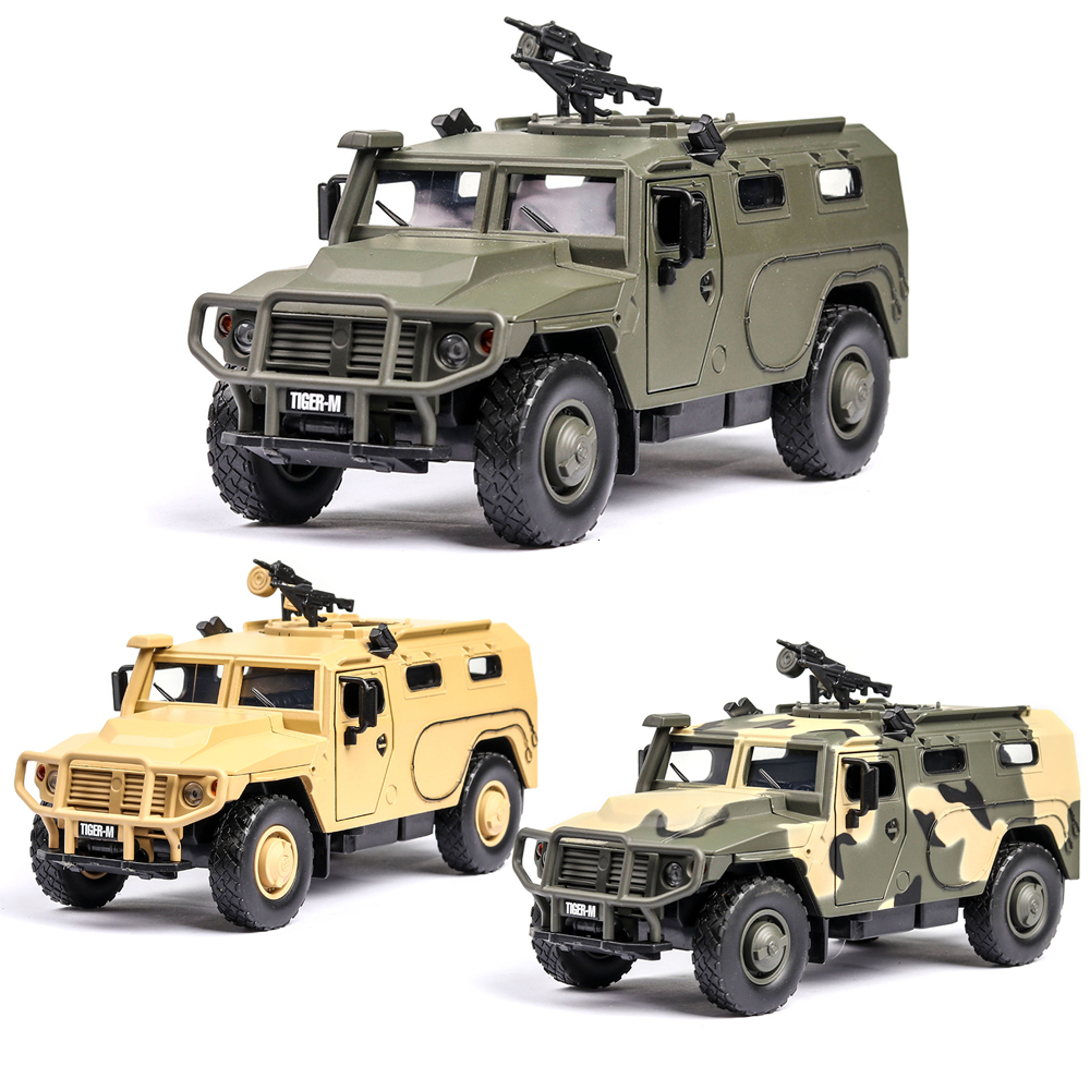 1:32 Russian Tiger Military Armored Vehicle Musical Lighting Machine Diecast Toy Vehicles Hot Wheel Car Model Metal Body