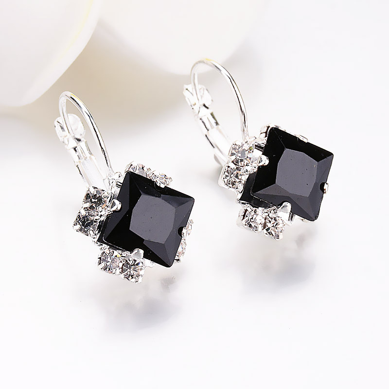 Kpop Crystal Square Stud Earrings for Women Trendy 2020 New Bridal Earrings  Accessories Fashion Christmas Jewelry Girl Gift 4