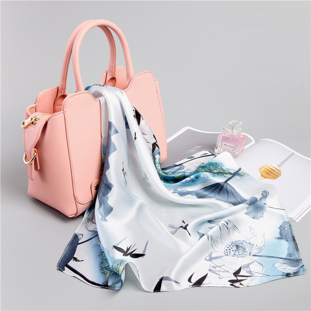 natural 100% silk scarves women small square neck scarves lily floral print hijab bandana luxury brand summer scarf 53*53 cm