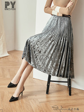 Super hot Medium length skirt Autumn and winter 2019 New pattern French Restoring ancient ways Pleated skirt Skirt Silvery girls pleated skirt 2018 new autumn and winter new children s big children s pleated half length skirt
