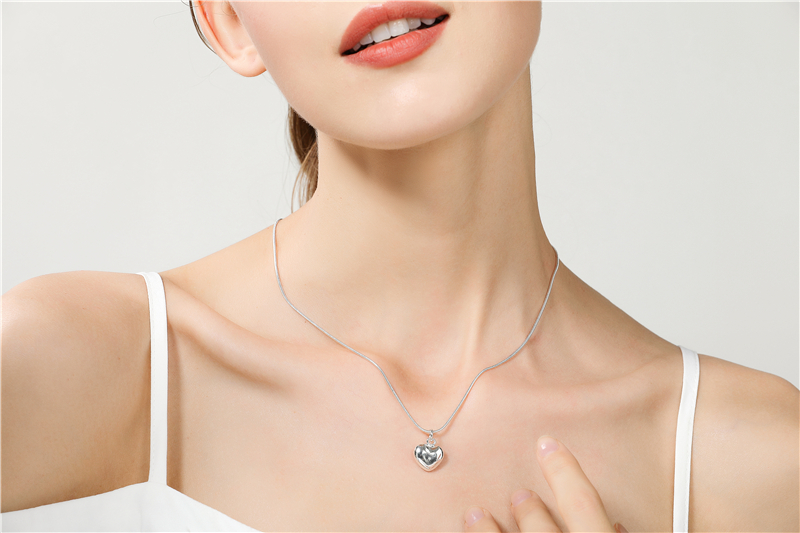 H23fa7a6e36c44f8d84fc54cd957bb849c - Wholesale 925 Sterling Silver Necklace 18 Inch Snake Chain  Fashion New Jewelry Heart Pendant Necklace For Women Girl Lady Gifts