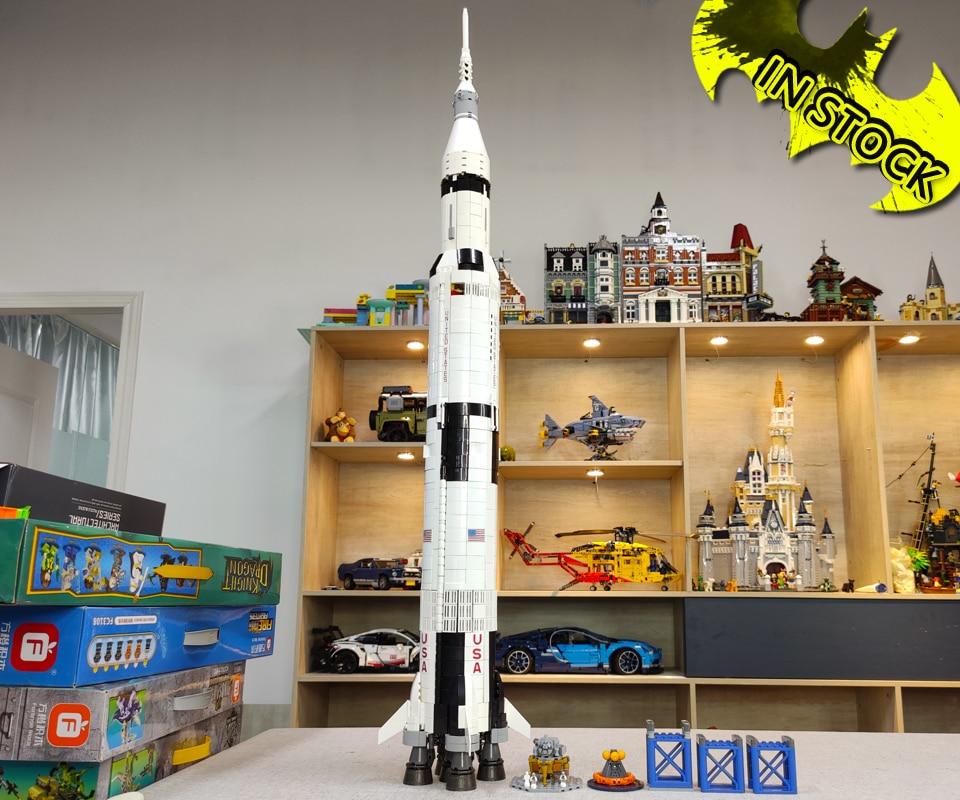 In stock 80013 The Apollo Saturn V ideas Creator Rocket 37003 Model Building Block Bricks 21309 11 Lunar Lander 10266