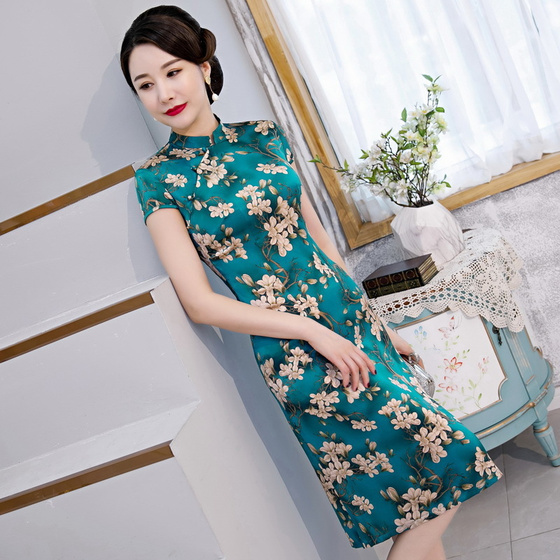 summer 2020 new silk cheongsam front buckle middle and long single layer improved young short sleeve youth A-line skirt